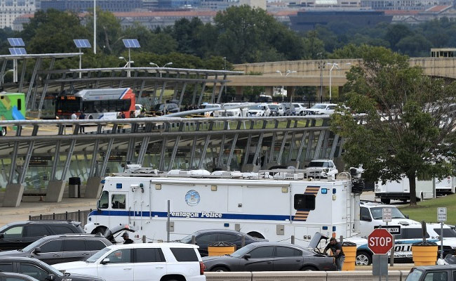 Police Officer Killed In Incident Outside Pentagon