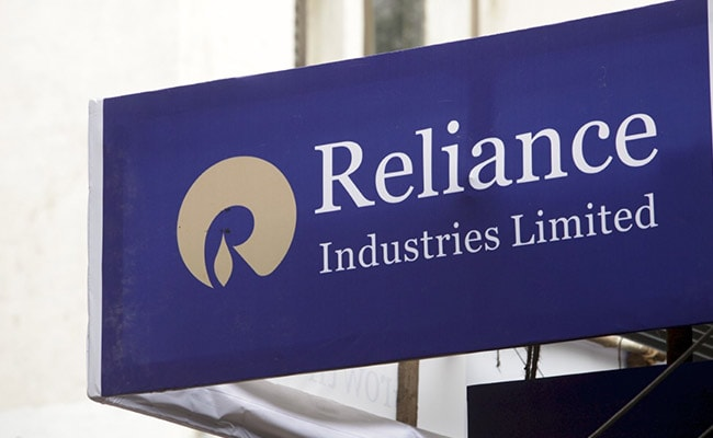 Aramco In Talks To Buy 20% Stake In Reliance Unit For Up To $25 Billion