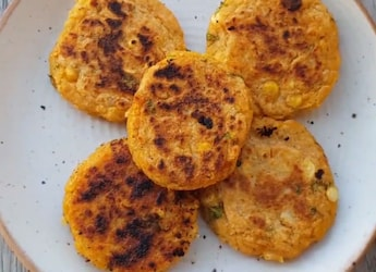 Aloo Dal Tikki: The Quick And Tasty Solution To Your Hunger Pangs (Video Inside)