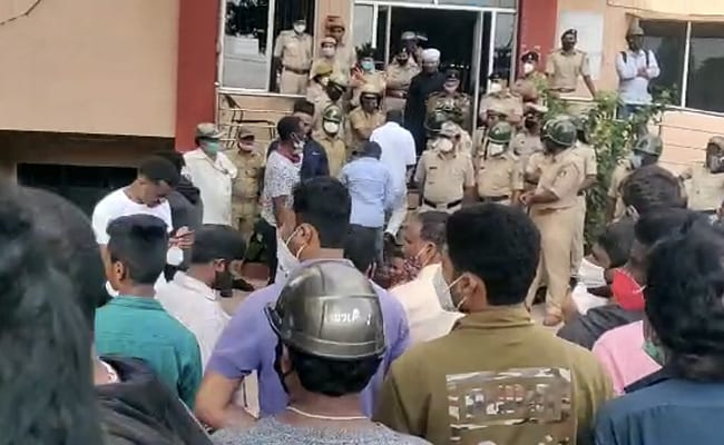Africans Protest In Bengaluru Over Alleged Custody Death, Cops Use Force