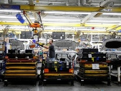US Manufacturing Output Dips As Chip Shortage Weighs On Motor Vehicles