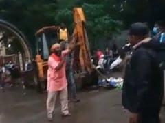 Civic Official Loses 3 Fingers After Angry Hawker Attacks Her Near Mumbai
