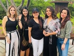 Gauri Khan's Day Out With Sussanne Khan, Ekta Kapoor, Neelam Kothari And Others