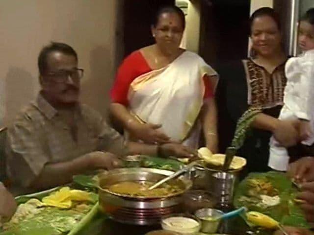 Video : Onam Celebrations Marked With Grand Feast Onasadhya