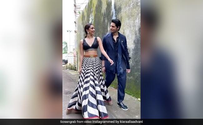 Trending: Sidharth Malhotra Can't Take His Eyes Off Shershaah Co-Star Kiara Advani In This Video