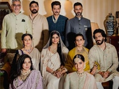 """On Karan Boolani's Pics With His """"Clan,"""" Sister-In-Law Sonam Kapoor Drops This Comment"""