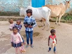 In Madhya Pradesh, 5 Siblings Orphaned By COVID-19 Beg For Survival