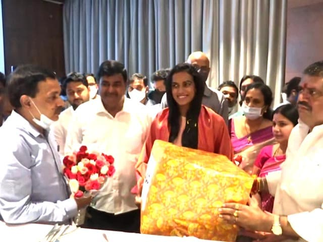 Video : Olympic Medallist PV Sindhu Receives Grand Welcome In Vijayawada