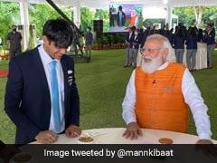 PM Modi Treats Neeraj Chopra To 'Churma', Ice-Cream For PV Sindhu During Breakfast With Olympians. See Pics