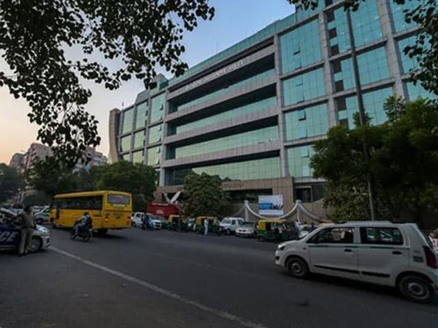 "Video : ""Free Caged Parrot CBI"": Madras High Court's Big New Order"