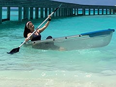 """Yes, That's Elli AvrRam """"Navigating Herself To Maldives."""" See Her Stunning Pics"""