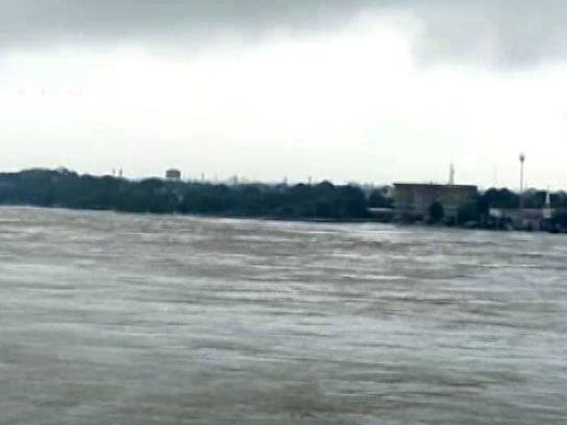 Video : Over 600 Villages Battle Flood Fury In UP, 24 Of 75 Districts Affected
