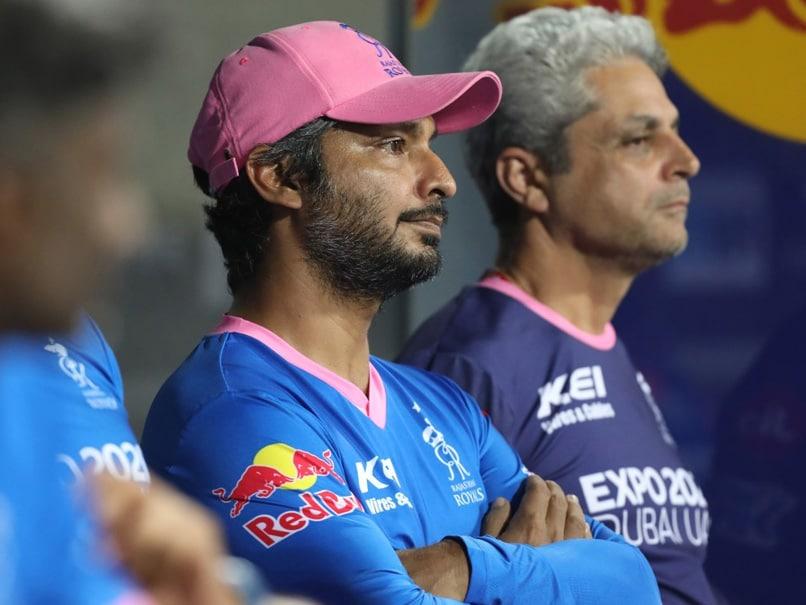 "IPL 2021: Kumar Sangakkara Left Unimpressed By Rajasthan Royals ""Careless"" Batting In Loss To Delhi Capitals"