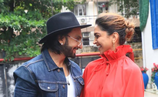 What Happened When Deepika Padukone Complained About Ranveer Singh To Amitabh Bachchan