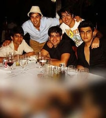 A Pic Of Ranbir And Arjun From 15 Years Ago. Alia Bhatt, Please Note