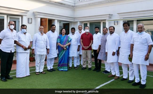 Rahul Gandhi Meets New Telangana Congress Team Led By Revanth Reddy