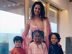 At Sunny Leone's Ganesh Chaturthi Celebrations, These Cuties Stole The Show