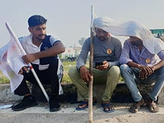 Harrowing Time On Highways, Say Commuters Stuck During <i>Bharat Bandh</i>