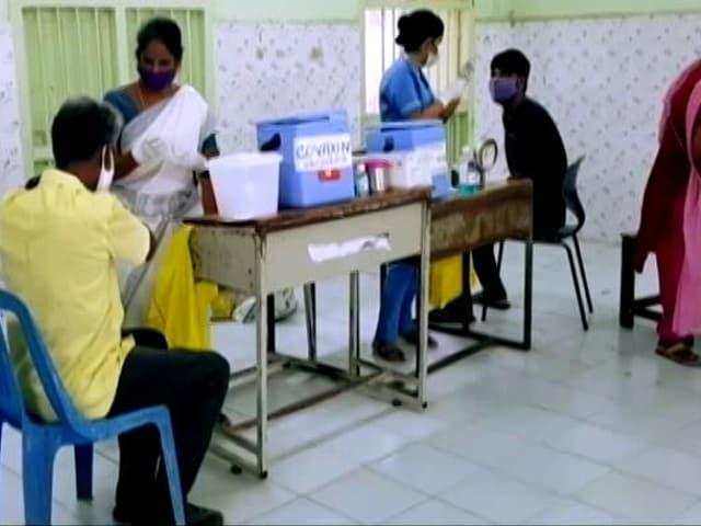 Video : Tamil Nadu Orders Vaccinations At Districts Along Kerala Border