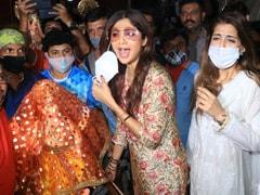 "Ganesh Chaturthi 2021: ""<I>Ganpati Bappa Morya</i>,"" Chants Shilpa Shetty As She Brings Bappa Home"