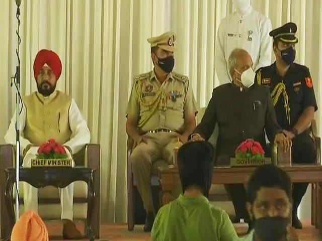 Video : Punjab Cabinet Expansion: Chief Minister Channi's New Team