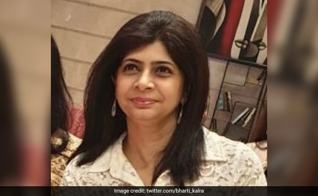 Delhi Teacher Who Gave Smartphones To Over 300 Students To Help Study Felicitated