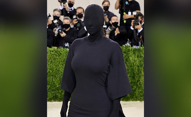 Met Gala 2021: Keeping Up With These Kim Kardashian Memes. Twitter Was Kind