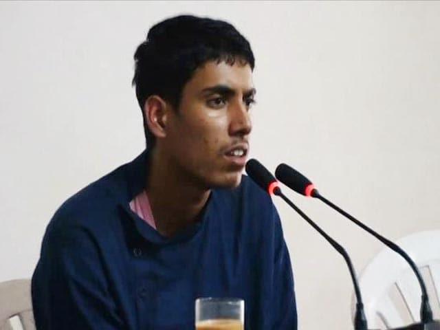 Video : On Camera, Captured Teen Pak Terrorist Says Handlers Gave Him Rs. 20,000