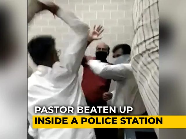 Video : Raipur Pastor, Accused Of Conversion, Thrashed By Mob In Police Station
