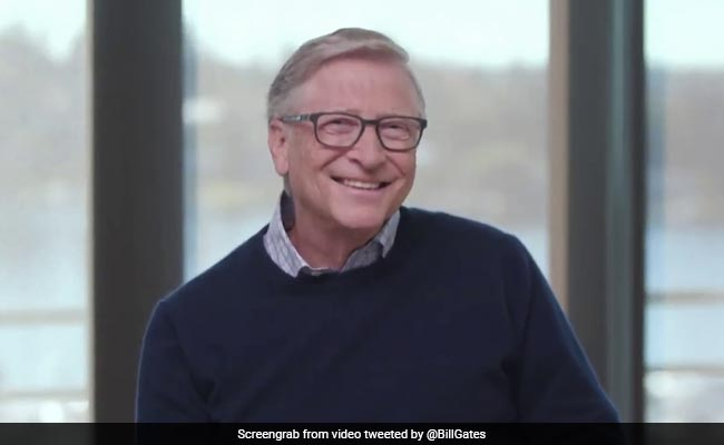 Watch: Bill Gates Takes A Swipe At Elon Musk, Jeff Bezos Over Space Race