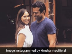 Leander Paes & Kim Sharma Are The Chicest New Couple Around Town With His Rs 2.7 Lakh Bag On The Side