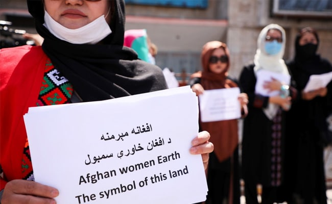 Taliban Use Whips, Sticks On Afghan Women Protesting All-Male Government