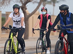 """""""Dream Is For Every Saudi Woman To Cycle"""": Jeddah Club Turns Wheels Of Change"""