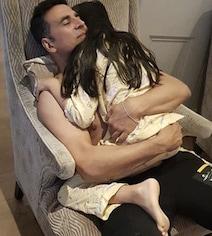 'Always Stay Papa's Precious Lil Girl': Akshay's Birthday Wish For Nitara