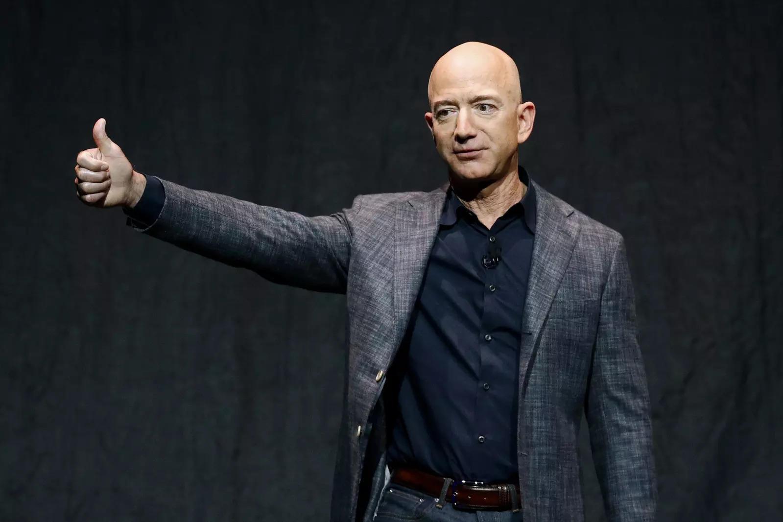 In Meet With Jeff Bezos, UK's Boris Johnson Discusses Amazon Tax Record