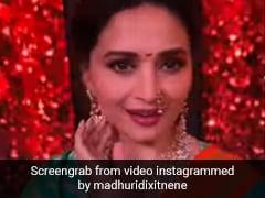 From Madhuri To IndiGo Airhostess - Everyone's Dancing To '<i>Manike Mange Hithe</i>'