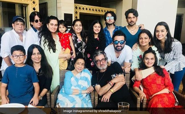 On Grand Aaji Asha Bhosle's 88th Birthday, Shraddha Kapoor Posts Epic Fam-Jam Photo