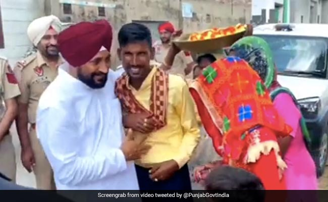 Watch: Punjab Chief Minister Stops Vehicle To Greet Newly-Wed Couple