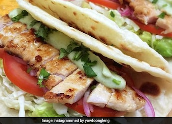 Got Some Leftover Naan? Make A Scrumptious Indian Naan Sandwich With It