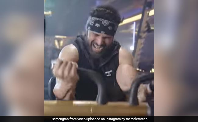 'Dear Fat, Prepare To Die': Emraan Hashmi's New Workout Clip Has The Internet's Attention