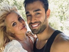 """Britney Spears Is Engaged To Boyfriend Sam Asghari: """"Can't Believe It."""" See Her Ring"""