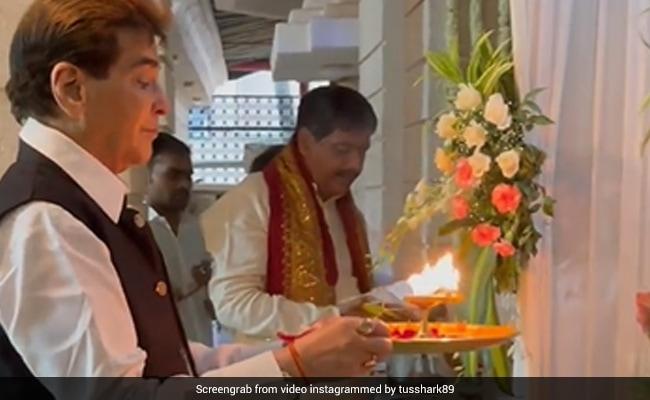 Ganesh Chaturthi 2021: Visarjan With Jeetendra And Family