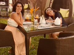 """A Glimpse Of Taapsee Pannu's """"Barbecue Night"""" With Sister Shagun In Goa"""