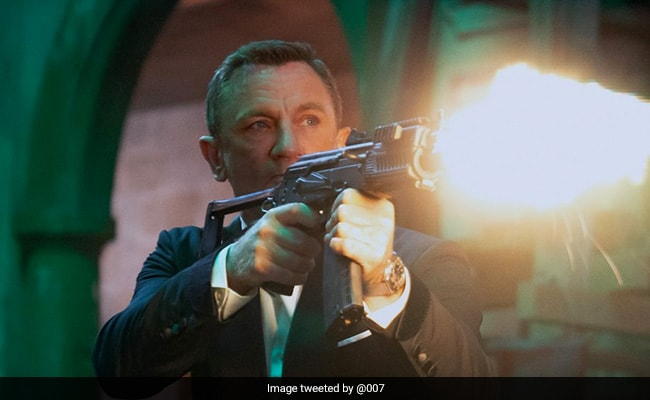 No Time To Die Review: Daniel Craig Gets The Send-Off He Deserves