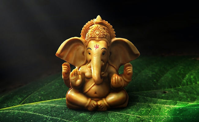 Happy Ganesh Chaturthi 2021: Ganpati Images, Wishes, SMS, Wallpapers, Messages, Facebook, WhatsApp Status