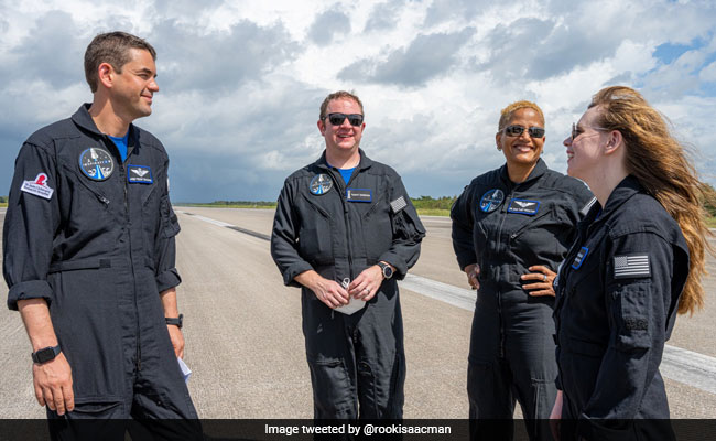 'No Jitters': SpaceX's First All-Civilian Crew Set For 3-Day Trip To Space
