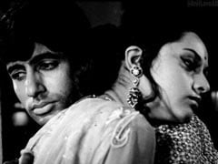 Amitabh Bachchan And Jaya's Pic From Their First Film Together Is A Time Machine. Shweta And Navya Are All Hearts