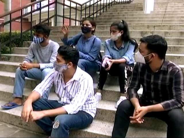 Video : Delhi University To Reopen In Phases
