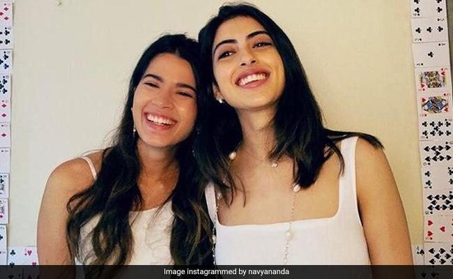 On Navya Naveli Nanda's Pics With Friend, Mom Shweta Bachchan Comments: 'So Cute'