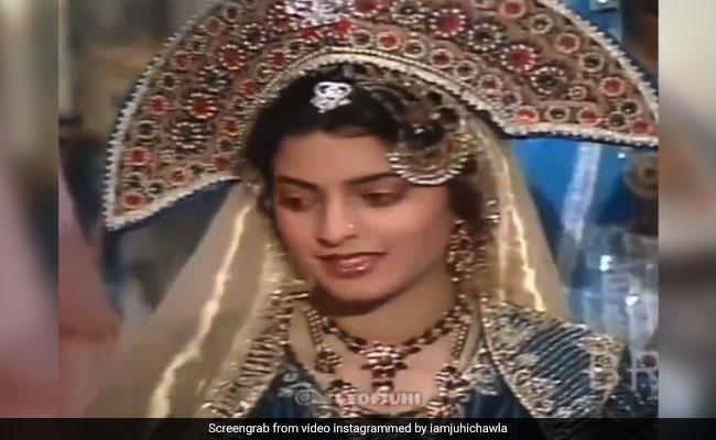 "When Juhi Chawla ""Kept Forgetting Her Lines"" On The Sets Of BR Chopra's Bahadur Shah Zafar"